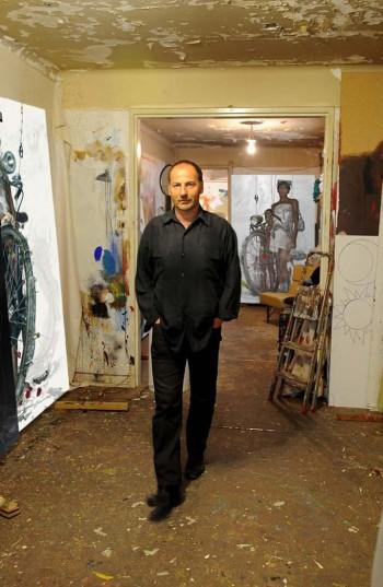 Fernand d'Onofrio dans son atelier de Guebwiller